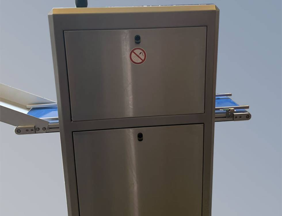 AOI test system in stainless steel version (Pharma/Food)