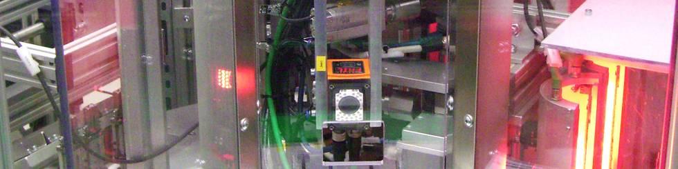 Visuelle Endprüfung: Automotive Molding Komponenten