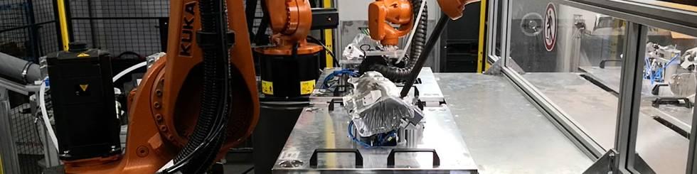 Robotermontagezelle mit Wechselplattenkonzept zur Montage von Wärmeschutzblechen-Turbolader