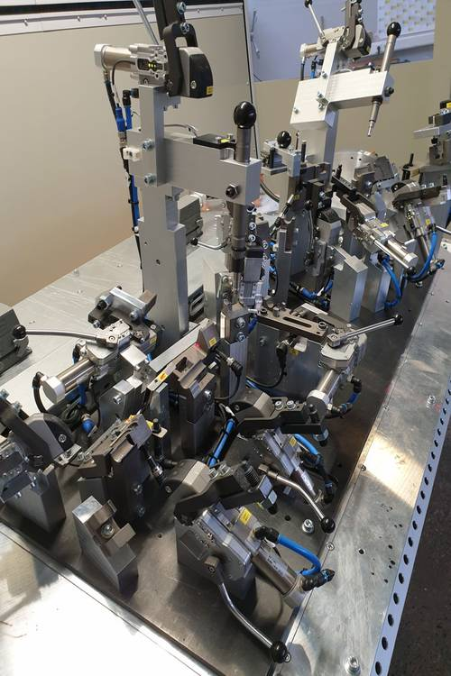 Complex welding technology with 7 / 8 / 9 axes