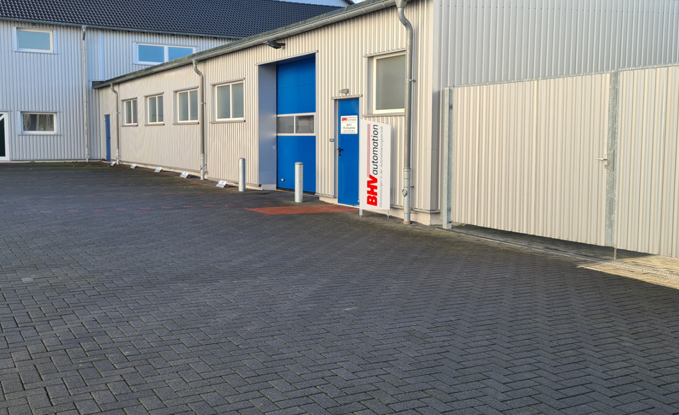 Assembly plant 2 Dieselstraße 9/13 - Special machine construction 1000m² and CNC machining